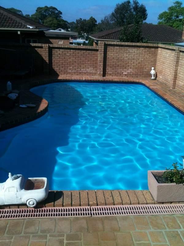 Gallery swimming pool renovations repair maintenance sydney pool tiling painting solar pool for Swimming pool resurfacing sydney